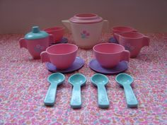 Vintage Fisher Price Toy Tea Set I think this is the one I had