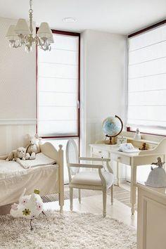 Jurnal de design interior  Amenajare în alb și bej