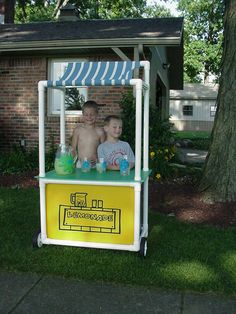 PVC pipe lemonade stand