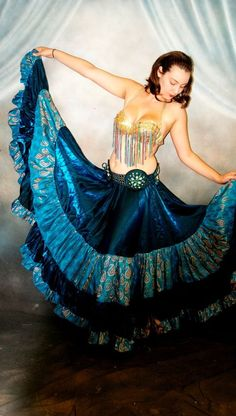 "I want this! We3 Belly Dance Stunning 32 Yard Brocade/Organza Skirt  Teal Paisley design. 38"" #WE3Label"