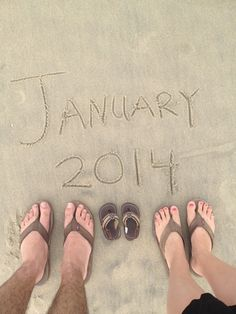 Pregnancy Announcement - Great photo to #frame! Maybe sidewalk chalk on the pavement? and little toms?
