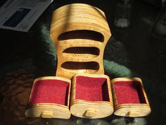 This cute little jewelry box was made on a bandsaw by Guillaume R.