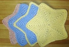 Super cute star shaped facecloths or dishcloths!   Lokipan Crochet Designs