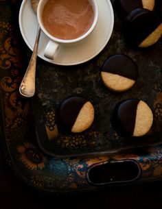 Desserts for Breakfast: Chocolate Jam Sandwich Cookies, and more Rome