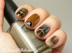 Makeup Withdrawal: Feather Nails