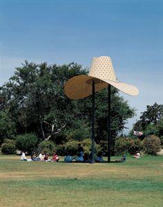 Claes Oldenburg and Coosje van Bruggen, Hat in Three Stages of Landing, 1982