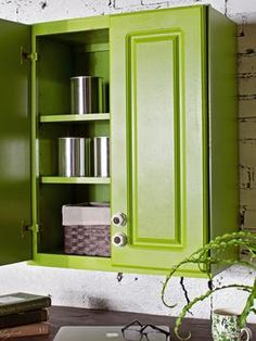 How to Paint Kitchen Cabinets With a Sprayed-On Finish >> http://www.diynetwork.com/kitchen/kitchen-chandeliers-pendants-and-under-cabinet-lighting/pictures/index.html?soc=pinterest#