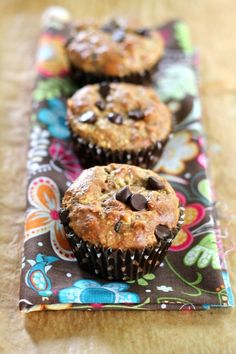 LOW CARB PEANUT BUTTER AND DARK CHOCOLATE BREAKFAST MUFFINS