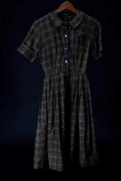 Vintage 1950s Medallion Dress