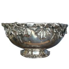 WHITING STERLING ART SILVER 3D HOLLY PUNCH BOWL C.1880 CAST BERRIES REALISTIC