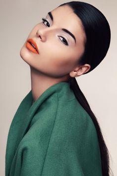 lavender eyecolour & matte orange lip.