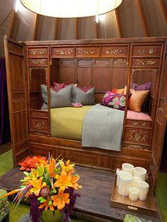 Hilari's Ornate Bed