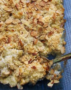 Cauliflower gratin with toasted almond crust