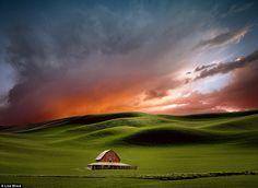 lisa wood, sky, photograph, barn, sunset, farmland, the artist, design blogs, sun valley
