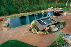 Why do we love this infinity pool and spa? Because even when covered, they're still just as beautiful! | Automatic pool cover by Cover-Pools Incorporated http://www.poolspaoutdoor.com/buyers-guide/pool-covers/cover-pools.aspx?edgpid=3931edgmid=15609#!prettyPhoto_M15609/id3931/