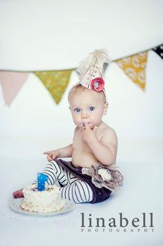 mindi burton, funky cakes, smash cakes, 1st birthday photos, birthday hats, first birthdays, 1st birthday pictures, 1st birthdays, first birthday cakes