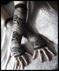 Fishnet lace arm warmers