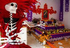 Ofrenda de Día de Muertos en el  Museo Nacional de Culturas Populares, en Coyoacán.