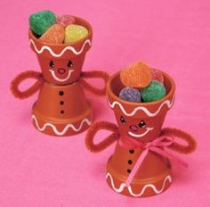 Gingerbread Man Treat Holder homemade christmas gifts, kids christmas crafts, gingerbread crafts, flower pots, christma craft, gingerbread man, craft ideas, kid crafts, clay pots