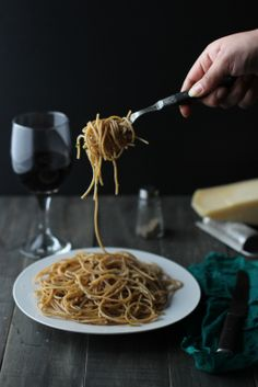 Whole Wheat Spaghetti with Garlic And Herbs
