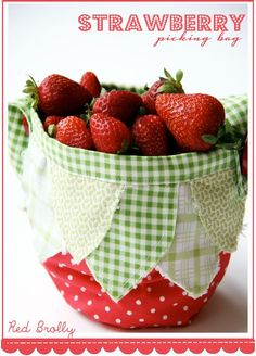Strawberry bag @SweetJeanette