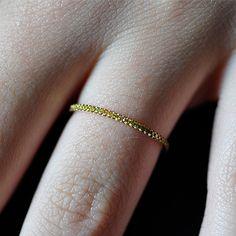 Etta Ring 18k & yellow diamonds