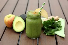Creamy Green Smoothie – Gluten-free, Vegan   Sugar-free    #easy #gluten #free #smoothie #recipes