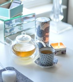 morning tea in the home office :)