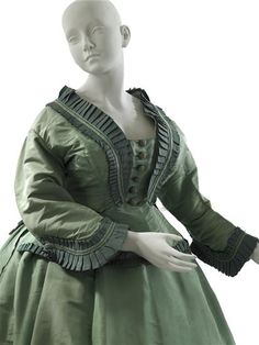 1864-67 Dress with day and evening bodices Worth & Bobergh MCNY.org - Very like the redesign from POF that I did in pink