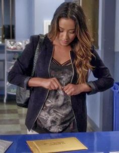 "Emily's AllSaints Folds Graphic Tank Pretty Little Liars Season 4, Episode 21: ""She's Come Undone"" - Spotted on TV"