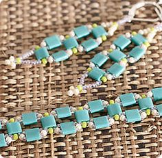 Tila Bead Square Earrings and Bracelet. A good beginner project for using tila beads. #seed #bead #tutorial