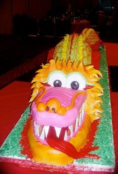 Awesome Chinese Dragon cake!