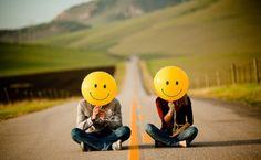 Two smiles on the street