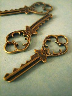 20 skeleton keys pendant charms brass plated 38mm by bunnysundries, $5.50