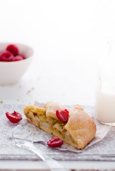 Gluten-free pear berry galettes. #food #pastry #gluten_free #dessert
