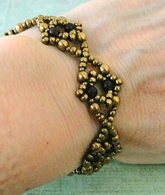 Linda's Crafty Inspirations: Bracelet of the Day: Bracelet No.199