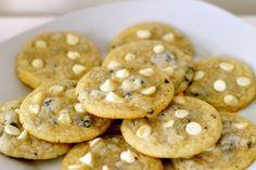 cookies n cream cookies w/ white chocolate chips. cream yummi, health food, yummi icecream, cream cooki, icecream icecream, bar cookies