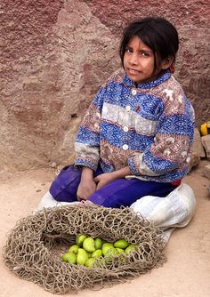 Children in Honduras by Hideki Naito, via Flickr