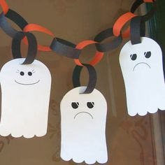 Cute and ez to make! Ghost garland