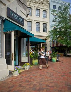 Posana Café is an upscale casual restaurant located in downtown Asheville on Historic Pack Square serving Contemporary American cuisine.
