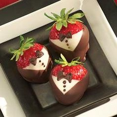 We had these at my wedding. We did chocolate dipped strawberries instead of a cake. Tuxedoed Strawberries