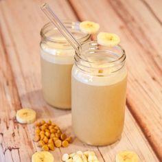 Oh my goodness...Banana Cream Pudding Pie & Caramel Smoothie