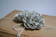 DIY: easy paper flower