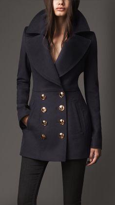 Burberry coat.... I love the cut and buttons! peacoat, fashion, pea coat, burberry, wool cashmer, peas, coats, cashmer pea, cashmere