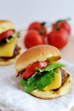 La Kocinera: Grilled Mushroom Sliders / Sliders de Champiñones a la Parrilla