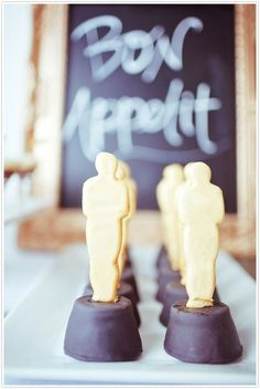 Award show entertaining: Chocolate golden statues make a sweet parting gift for guests