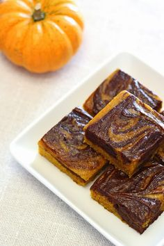 gluten free vegan pumpkin swirled brownies