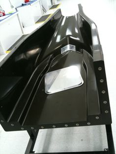 USF1 lower half chassis tooling. 2009.