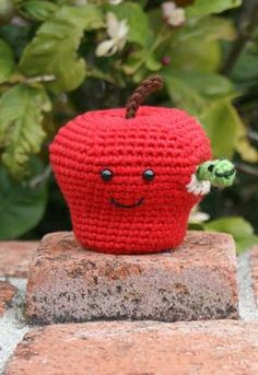 An apple a day keeps the doctor away - even a crochet one!