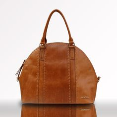 OMG LOVE!!  Gorgeous vintage satchel diaper bag.  they didn't have anything like this back when i was pregnant!